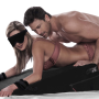 600x_ramp_bl_couple_girl_blindfolded